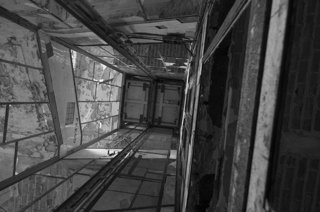 L'hôpital mort...(3)
